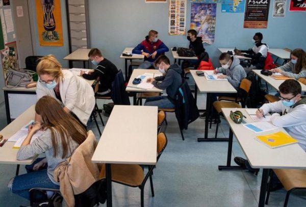 mesures sanitaires renforcées dans les écoles mussidan